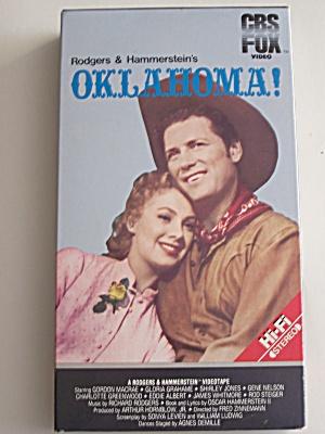 Rogers & Hammerstein's  Oklahoma (Image1)