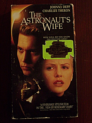 The Astronaut's Wife (Image1)