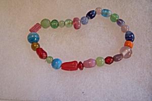 Multi-Colored Glass Bead Stretch Bracelet (Image1)