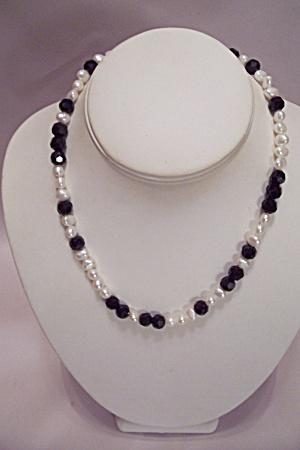 Black Faceted Glass & White Beads Necklace (Image1)