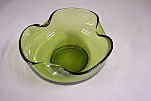 Handblown Light Green Art Glass Folded Bowl (Image1)