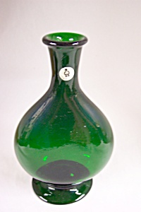 Handblown Emerald Green Art Glass Bottle Vase (Image1)