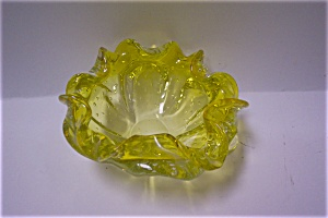 MURANO Lemon/Vaseline Color Folded Bowl (Image1)