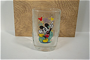 McDonald's Walt Nisney Magic Kingdom Crystal Glass (Image1)
