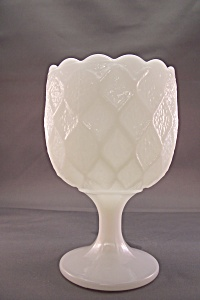 Vintage Milk Glass Goblet (Image1)