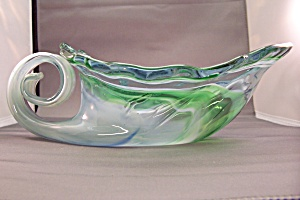 Handblown Cased Art Glass Swan-Like Bowl (Image1)