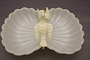 Avon Milk Glass Dove Soap Dish (Image1)
