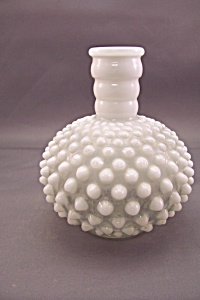 Fenton Opalescent & Hobnail Bulbous Bottle (Image1)