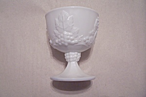 Indiana Milk Glass Grape Pattern Sugar (Image1)