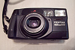 Pentax IQZoom900 35mm Camera (Image1)