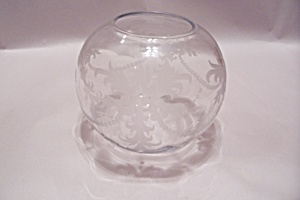 Hawkes Crystal Incised Bulbous Vase (Image1)