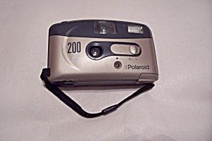 Polaroid  200 BF 35mm Film Camera (Image1)