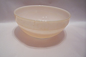 "FireKing Lustre 7-3/16"" Mixing Bowl (Image1)"