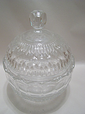 Elegant Crystal Glass Lidded & Footed Bowl (Image1)