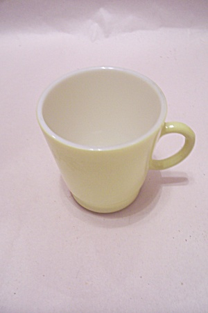 FireKing/Anchor Hocking Lemon Colored Glass Cup (Image1)