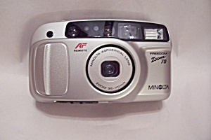 Minolta Freedom Zoom 70 35mm Film Camera (Image1)