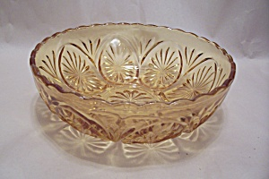 Anchor Hocking Amber Glass Patterned Bowl (Image1)