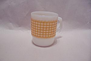 FireKing Yellow Gingham Mug (Image1)