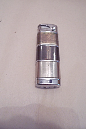 Two-Tone Butane Pocket Lighter (Image1)