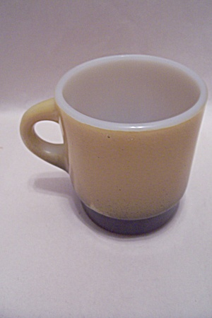 FireKing Avocado & Black Mug (Image1)
