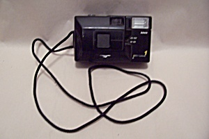 Easy Shot 1 35mm Film Camera (Image1)