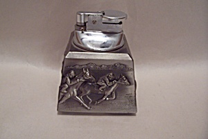 Gas Table Lighter With Horse Motif (Image1)