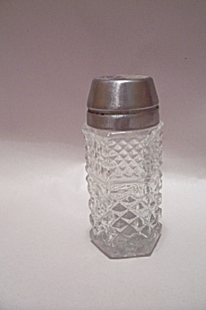 Anchor Hocking Wwexford Pattern S&P Shaker (Image1)
