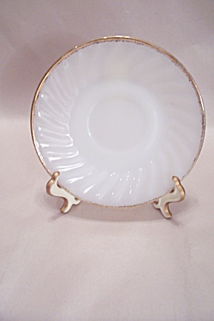 FireKing/Anchor Hocking Golden Shell Saucer (Image1)