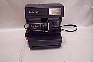 Polaroid One Step Flash Instant Land Camera (Image1)