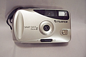 Fujifilm Smart Shot Deluxe III 35mm Film  Camera (Image1)