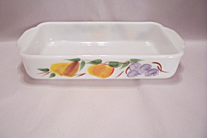 FireKing Gay Fad Studio Fruit Baking Dish (Image1)