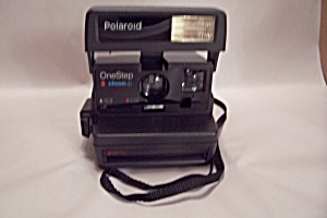 Polaroid OneStep Closeup Instant Land Camera (Image1)