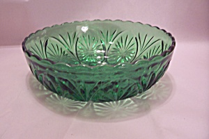 Anchor Hocking Forest Green Glass Serving Bowl (Image1)