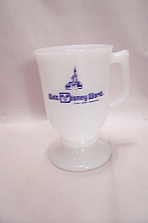 Fireking/anchor Hocking Walt Disney World Pedestal Mug