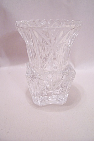 Crystal Pattern Glass Toothpick Holder (Image1)