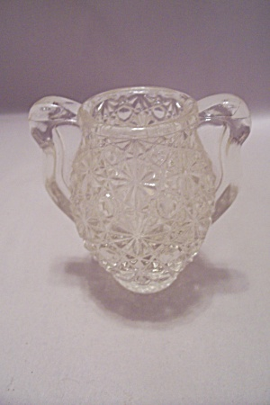 Daisy & Button Crystal Glass Urn ShapedToothpick Holder (Image1)