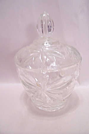 Earl;y American Prescut Crystal Sugar With Lid