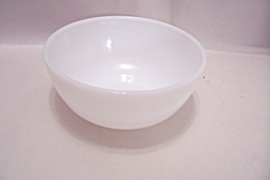 Milk Glass Cereal/berry Bowl