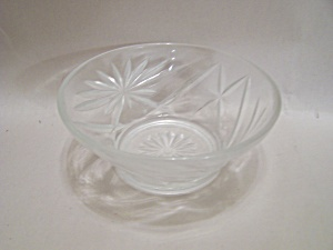 Anchor Hocking/Fire King EAPC Crystal Glass Berry Bowl (Image1)