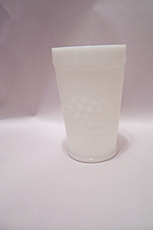 Grape Pattern Milk Glass Tumbler (Image1)