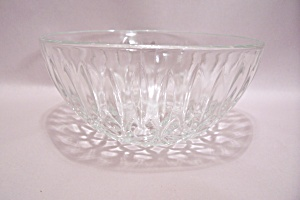 Crystal Pattern Glass Bowl (Image1)