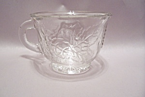 Grape Pattern Glass Punch Cup (Image1)