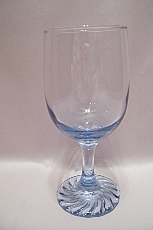 Fostoria Glass Stemware Light Blue Wine Glass (Image1)