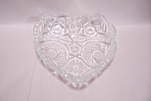 Crystal Pattern Glass Heart Shaped Dish