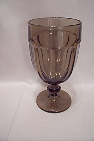 Smoky Topaz Glass Goblet (Image1)