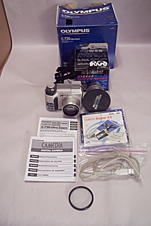 Olympus Camedia C-720 Ultra Zook Digital Camera