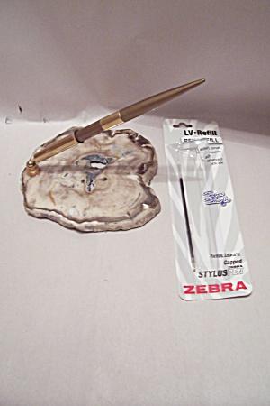 Polished Geode Slab With Ballpoint Pen Desk Set (Image1)
