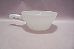 Fire King/Anchor Hocking Milk Glass Oven Ware Casserole (Image1)