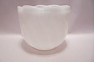Milk Glass Folded Rim Bowl (Image1)