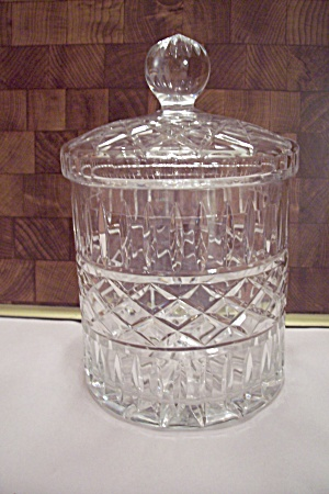 Elegant Crystal Pattern Glass Cookie/cracker Jar